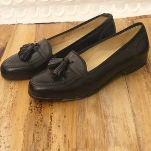 BRAGANO BY COLE HAAN BLACK LEATHER TASSEL LOAFERS
